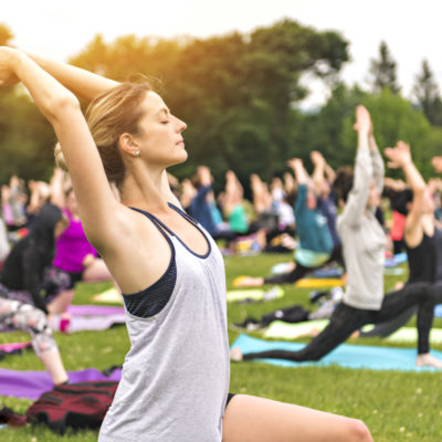 Free yoga resources and classes for chicago 2019
